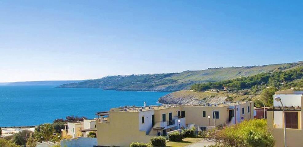 PICCOLO MONOLOCALE FRONTE MARE - SANTA CESAREA TERME - Loft-asunto