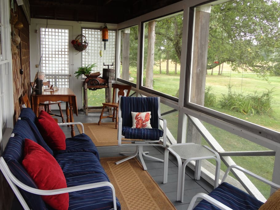 The best screened porch in Brooksville