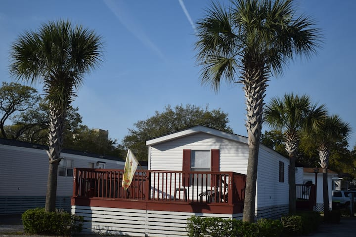 Kay's Coastal Cottage-Oceanview AND Pet Friendly!