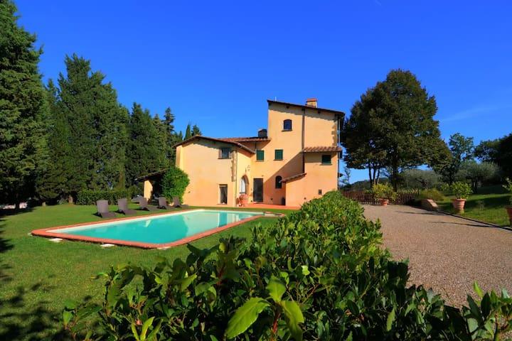 HistoricPrivate VillaSelva, Views & Florence 12 km