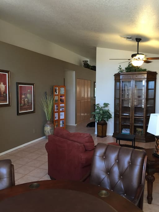 entry and front game room
