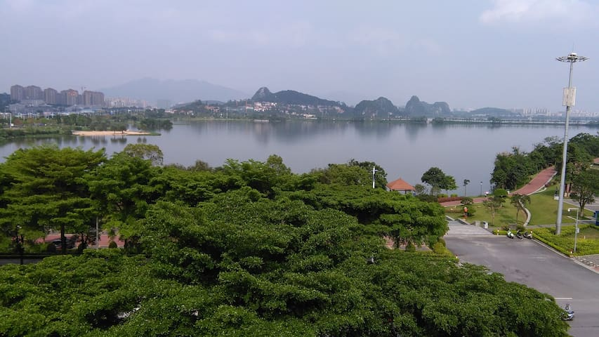 About 300 sqft ((30 SQM) studio face to lake - Zhaoqing