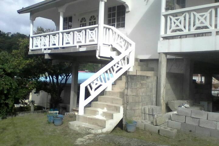 Almondale Villas - Choc - House