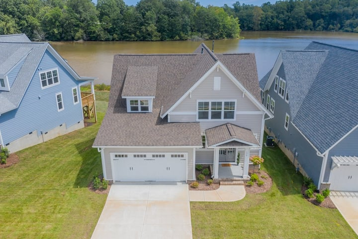 NEW Waterfront Home Lake Norman/Mooresville