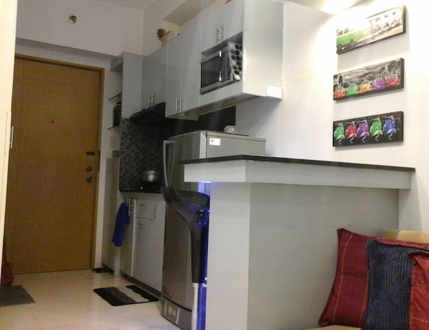 Studio Unit (Manila Rivercity) near Circuit Makati