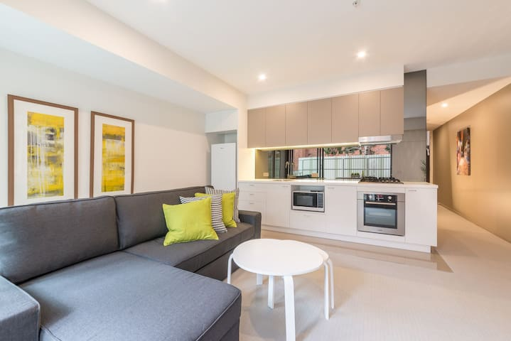 Brand new apartment in a perfect location - Saint Kilda - Flat