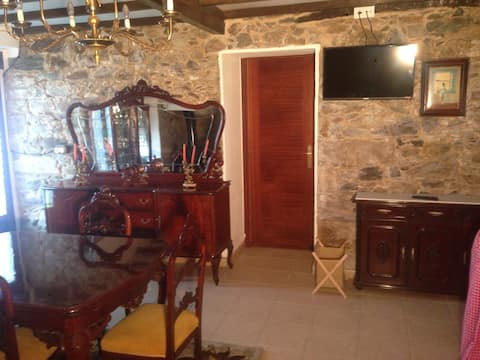 Casa rústica con jardín en Sada