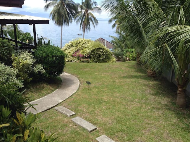 Robert's Den, a private paradise - Island garden city of samal - Haus