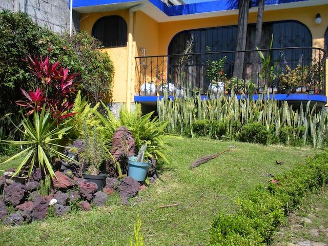 Temixco, Morelos Casa - Temixco - Дом