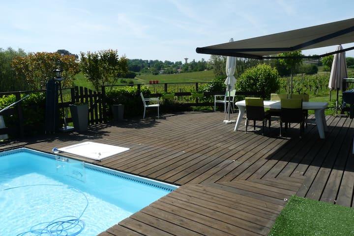 chambre à louer près de Bordeaux dans le vignoble - Quinsac