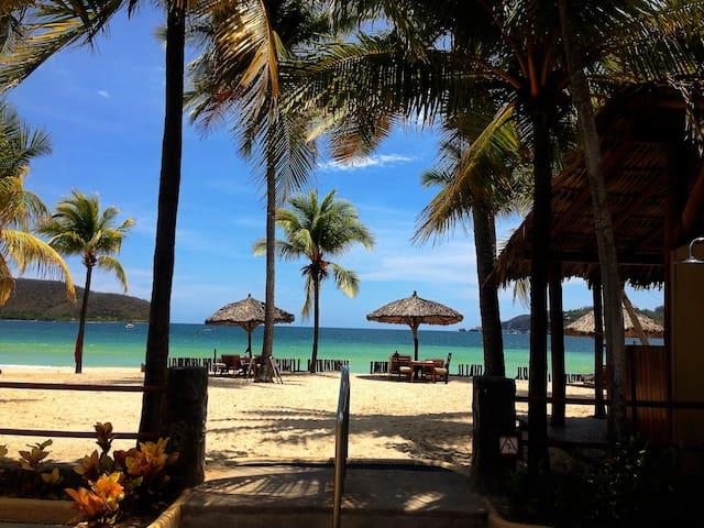 En la maravillosa Playa la Ropa - Zihuatanejo - Apartamento