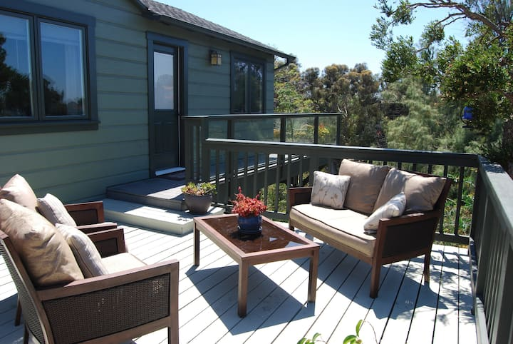 **Canyon Retreat: tranquil private guesthouse**
