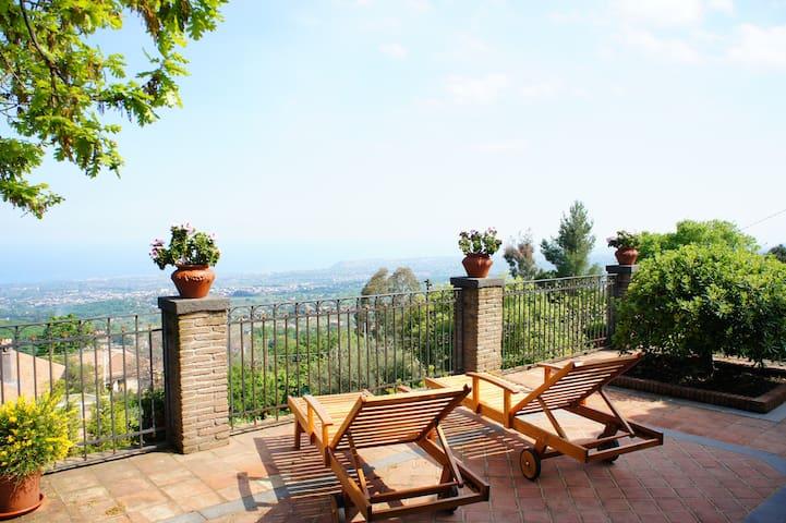 Feudo Algerazzi - Villa