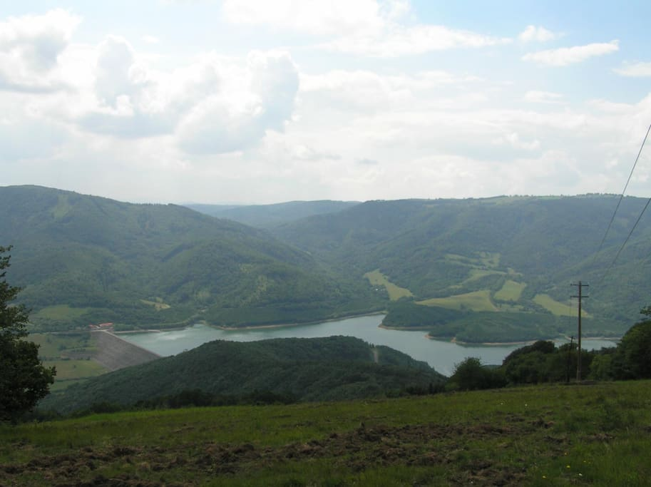 Area surrounding the village, beautiful views, ideal for walks and hikes.