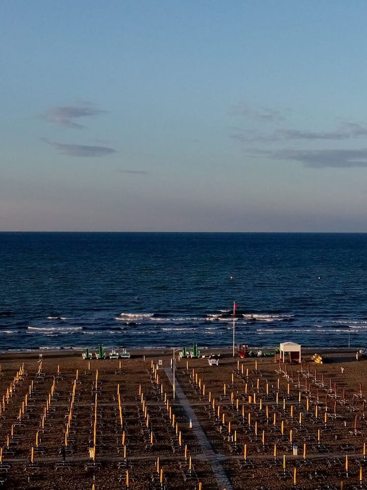 Nel cuore di Rimini Marina Centro ampia terrazza
