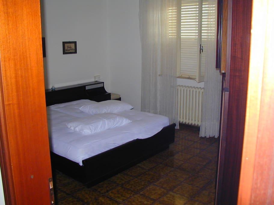 camera letto piano primo