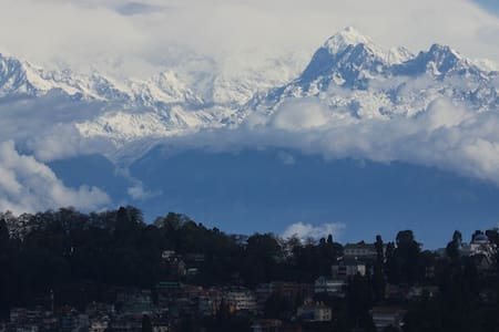 A Small family run Villa - Darjeeling