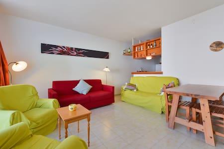 Ibiza, Cala Sant Vicent ca playa - St Joan de Labritja