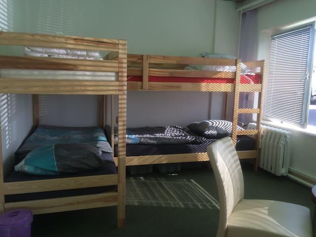 4-Bett-Zimmer für max. 4 Personen - Rostock - Bed & Breakfast