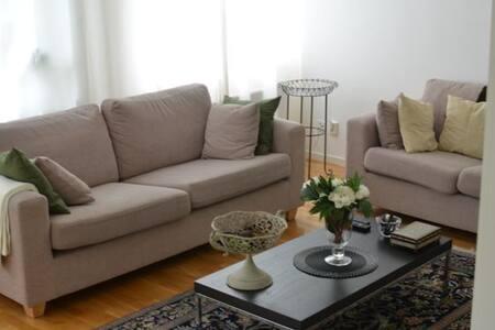 Modern apt. for 2 in Stockholm. - Botkyrka - Apartmen