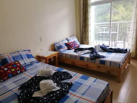 Amlangan Lodge Room 2 - with terrace & nice view
