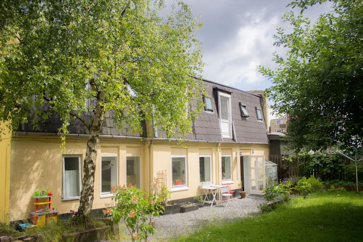 Skylit house with garden - perfect for the family! - Kopenhaga - Dom