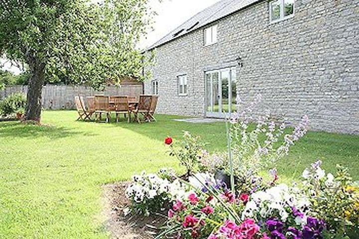 Lower Farm Bed and Breakfast - Lottisham