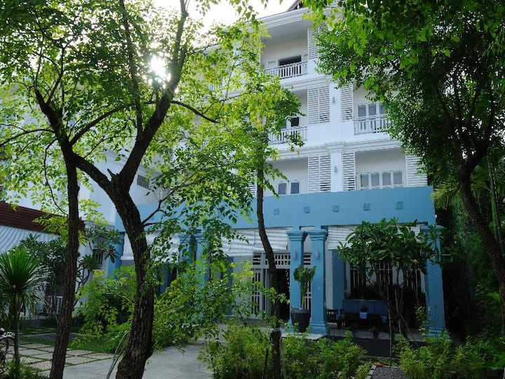 Pleasant Double Deluxe With Balcony At Siem Reap