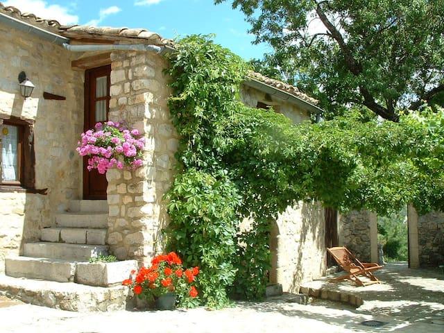 La Magnanerie cottage in Southern Ardèche