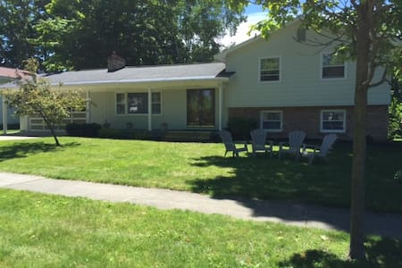 Perfect location in Elk Rapids - Elk Rapids