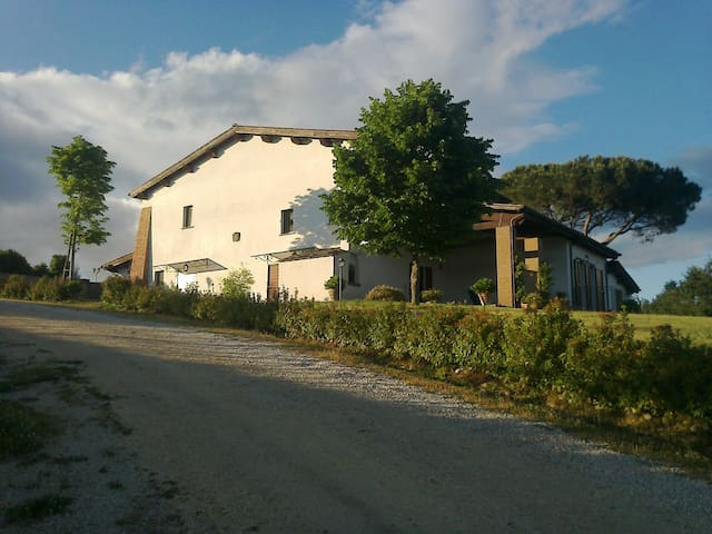 Fiogene farmhouse in Tuscia - Celleno - Apartament