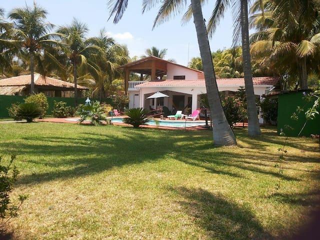 Casa de Playa, Rancho ELAL, en Playas Negras
