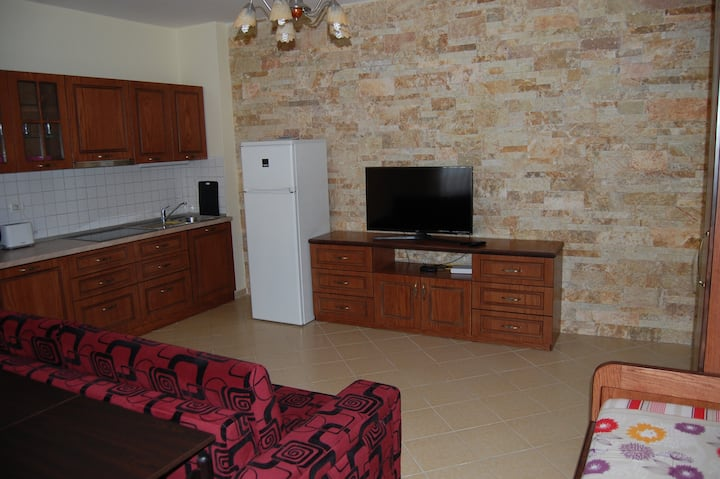 Luxury apartment by the sea in the best location