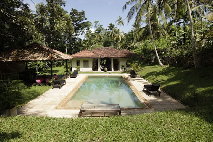Beautiful, tranquil villa with pool - Galle - Villa