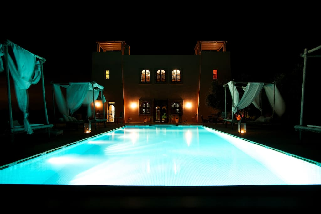 Family pack 3 rooms 3 6 pers south pool bed breakfasts for rent in marrakech marrakech - Piscine maison nuit limoges ...