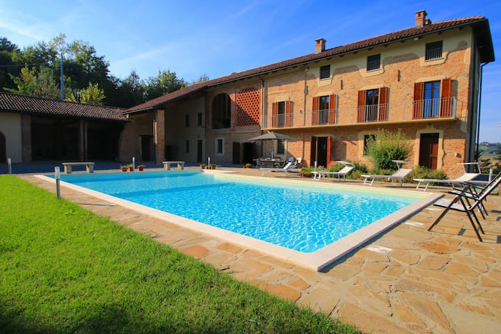 Luxury villa in Piedmont, Italy - Fubine - 別荘
