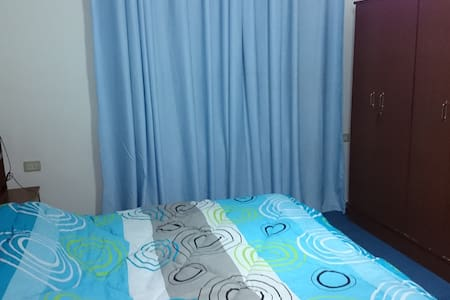 Blue aparment, 3 bedrooms, Private Garage in Amman