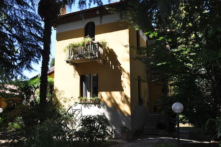 Bed & Breakfast Villa Ida - Bed & Breakfast
