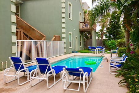 Fabulous Condo Near Beach Access 2BR/2BA