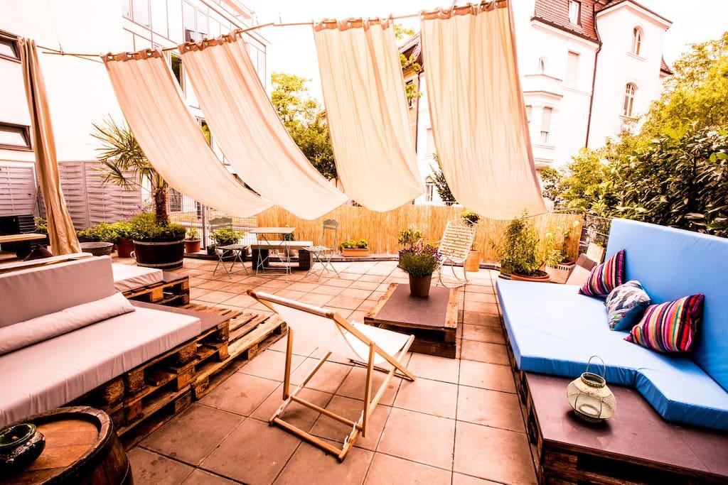 stylisches k nstler loft wow effekt lofts for rent in. Black Bedroom Furniture Sets. Home Design Ideas