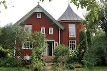 Traumhaft Wohnen im idyllischen Anwesen