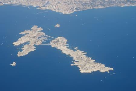 Marseille en mer, Île du Frioul II - Marsella