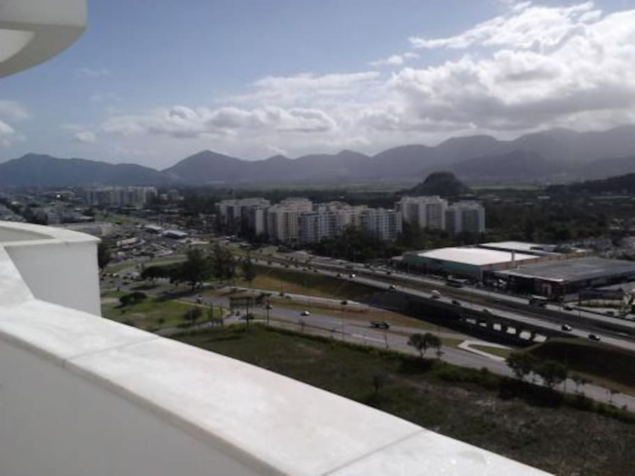 VISTA INDEVASSÃVEL PARA AS MONTANHAS