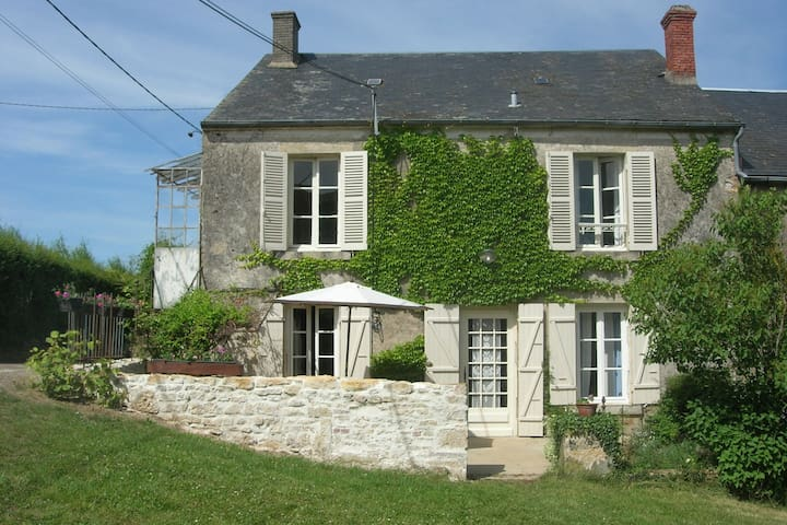 Old family farmhouse in Burgundy, typical of the region.