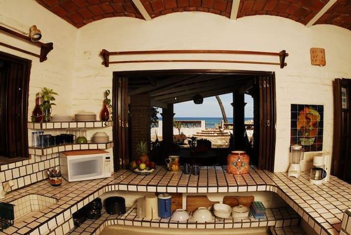 Sayulita Beach House - Beach Front - Sayulita - Apto. en complejo residencial