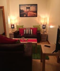 Spacious 1 Bedroom Apt in vibrant University Area - Belfast - Appartement