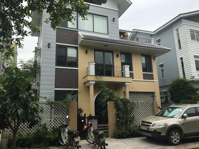 Song Ong Lon Villa compound, Ho Chi Minh city