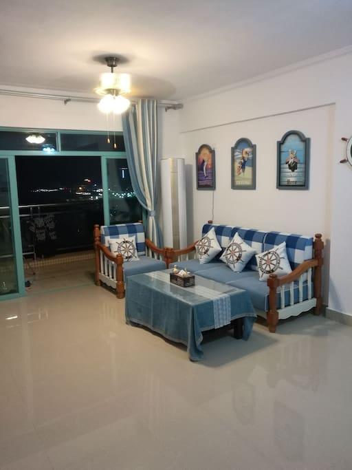 地中海风格的客厅沙发
