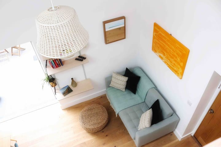 A cosy modern self contained property