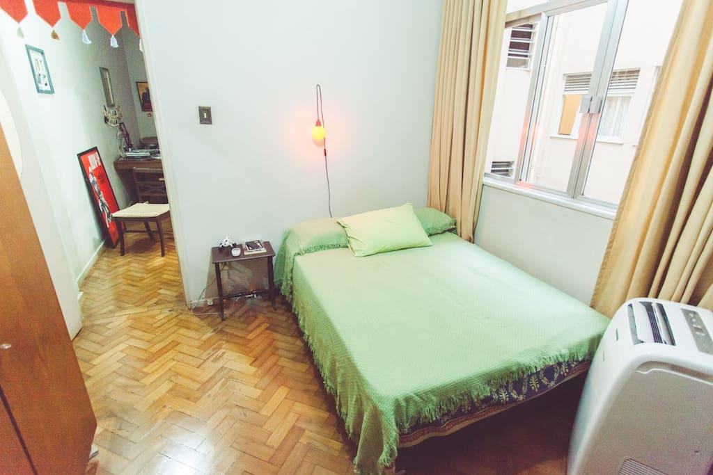 Quarto principal / Main bedroom